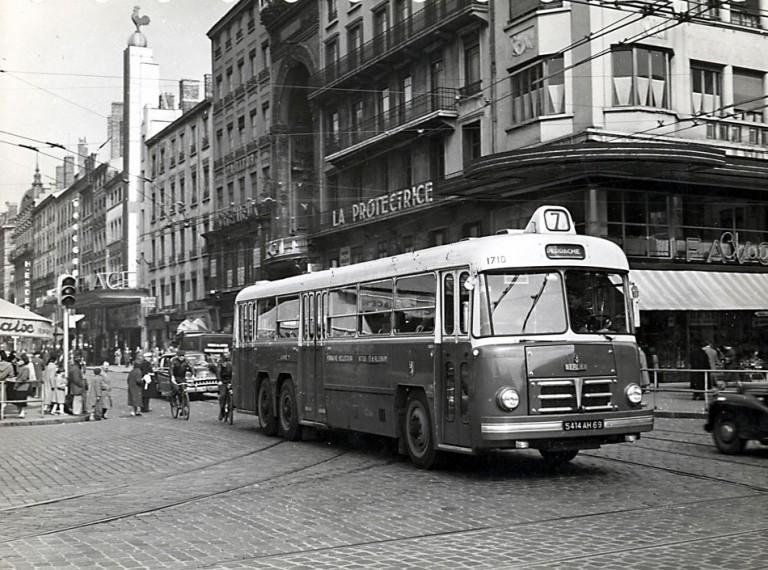 Rue de la Republique - Lyon - 1956